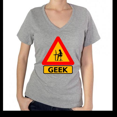 Fotografía del producto Precaucion Chica Geek (533)