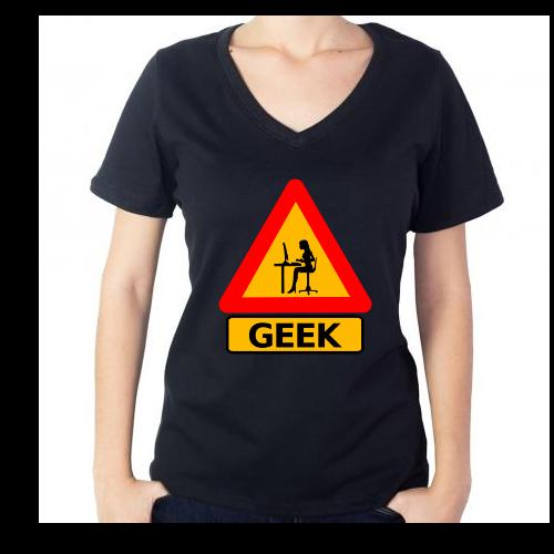 Fotografía del producto Precaucion Chica Geek (545)